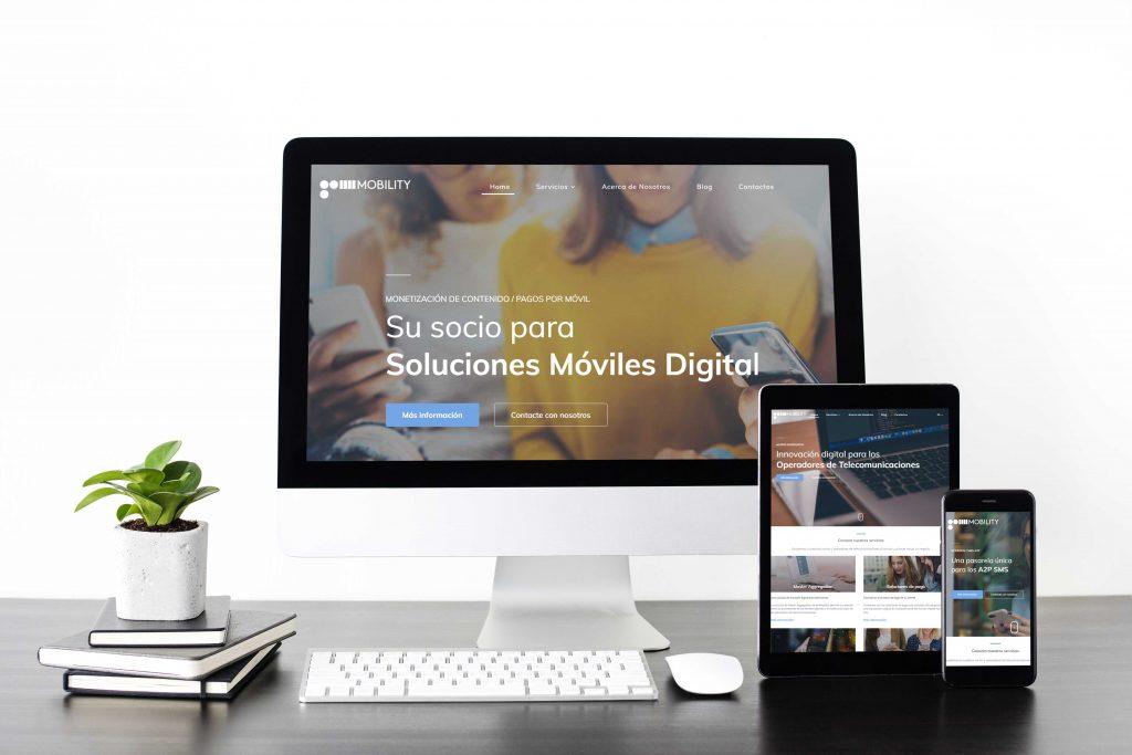 Conjunto de pantallas de dispositivos digitales